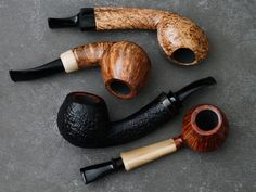 Six pipes from Russian carver Sergey Ailarov plus fresh pipes from Benni Lomma and Abe Herbaugh. http://smokingpip.es/2rvWROW