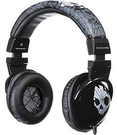 $800 MXN Tener unos audífonos como estos (Hesh Shattered Gray) vale la pena cada peso gastado. Buena fidelidad, un estilo muy cool, una funda, bajos mejorados y una muy buena atención al cliente.