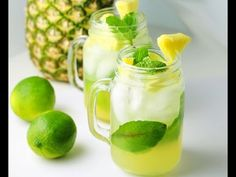 Pineapple Mojitos! This is the perfect summer drink, so easy and so refreshing! | Tastefulventure.com