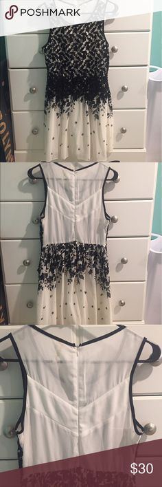 Modcloth Black & White Dress Very beautiful dress! Size medium with tags. Smells alittle odd because of the thrift store I got it from. Going to college in august and looking to get rid of everything! Make bundles and offers! I love to negotiate! ModCloth Dresses