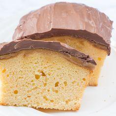 Twix cake (Laura's Bakery) Twix Cake, Snickers Cheesecake, Fudge Cake, Custard Cream Cupcakes, No Cook Desserts, Dessert Recipes, Cake Cookies, Cupcake Cakes, Cake Recept