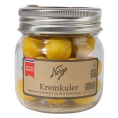 Kremkuler: Pasjonsfrukt og hvit sjokolade på Norgesglass - Hyttefeber.no Pickles, Cucumber, Coconut Oil, Jar, Food, Products, Essen, Meals, Pickle