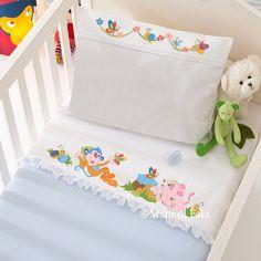 Lenzuolino culla disegno carta mani di fata bimbi for Disegni punto croce per lenzuolini neonati