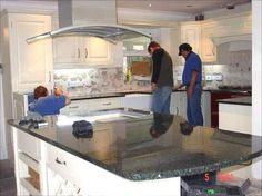 Know About Granite or Quartz Worktops Suppliers