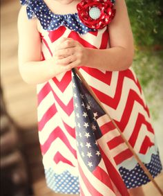 Evey's possible 4th of July attire- from mudpuddlesdandelions on Etsy