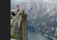 Jump from the edge of the Pulpit rock, Norway.(Something I WILL do someday) Pulpit Rock Norway, Travel Pictures, Cool Pictures, Beautiful Pictures, Dangerous Roads, Cliff Diving, Base Jumping, Skydiving, Extreme Sports