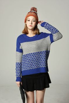 Color Pattern Round Knit