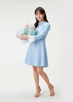 Koko, Kim Sohyun, K Pop Star, Professional Attire, Korean Actresses, Wave, Feminine, Asian, My Favorite Things