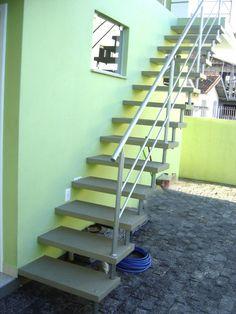 escadas-pre-moldadas-em-concreto-reta