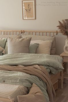 Create interesting and sophisticated linen bedding combos with our soft linen sheets that are available in various colors and sizes. Check them out! Sage Green Bedroom, Green Rooms, Green Bedroom Design, Green Bedroom Colors, Room Ideas Bedroom, Home Decor Bedroom, Green Bedroom Decor, Oak Bedroom Furniture, Furniture Design