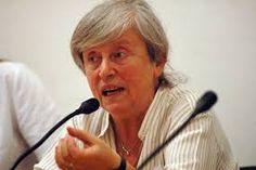 Luisa Muraro.Tiene 70 años (Montecchio Maggiore, Véneto, 14-06-1940) es la sexta de once hermanos y hermanas. Es licenciada en Lingüística, Universidad de Lovaina; y Filosofía de la Ciencia, Universidad Católica de Milán, 1965. Profesora, desde 1969, de Pedagogía y Psicología, Rovereto, Trento, con interrupciones por estudios en Lovaina y París; y de Filosofía, Universidad de Verona, desde 1975 hasta su jubilación. Se casa en 1965, tiene un hijo en 1966, se divorcia en 1971.
