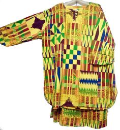 Elastic & Draw string skirt to across to around. African Skirt, African Fashion Skirts, Kente Dress, Ankara Skirt, Suits For Women, Mens Suits, African Blouses, African Men, Skirt Suit