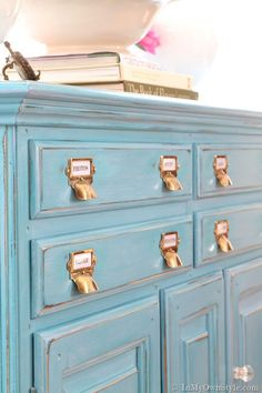 Turquoise painted furniture tutorial using homemade chalk paint, including glazing, distressing & wax.