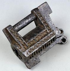 anastgal | Замок - символ богатства и чистоты, ключ - символ власти