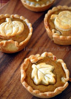 Mini Pumpkin Pies! Quick and easy to make with a muffin tin and a package of refrigerated pie crusts!