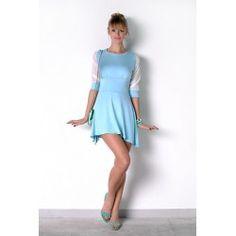 Błękitna rozkloszowana sukienka