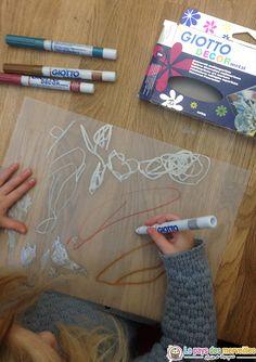 Dessiner sur du papier calque