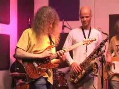 Guthrie Govan - Hide and Seek