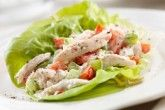 Insalata di pollo light con yogurt e mele