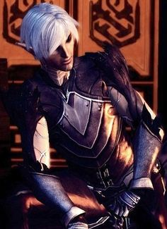 I love Fenris. What is with my appeal of a damaged man who shuts himself away from love ? Well him being an elf certainly isn't bad either