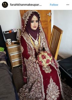 This app includes a collection of best handpicked Indian Bridal Dresses. Muslimah Wedding Dress, Hijab Bride, Muslim Brides, Pakistani Wedding Dresses, Pakistani Bridal, Indian Bridal, Muslim Couples, Bridal Outfits, Bridal Dresses