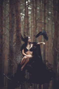 Image shared by Säsuu. Find images and videos about woman, dark and fantasy on We Heart It - the app to get lost in what you love. Dark Fantasy, Fantasy Art, Dark Romance, Art Magique, Foto Fashion, Fashion Shoot, Fantasy Photography, Fashion Photography, Beltane