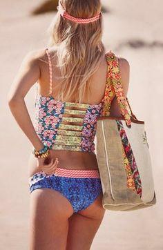 Boho; floral bikini.