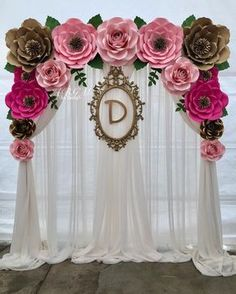 A beautiful flower backdrop made for Haydee's baby shower. Thank you 🌿💖… – Jenita M. A beautiful flower backdrop made for Haydee's baby shower. Thank you 🌿💖… A beautiful flower backdrop made for Haydee's baby shower. Thank you 🌿💖🌸 Paper Flower Wall, Paper Flower Backdrop, Giant Paper Flowers, Paper Roses, Birthday Party Decorations, Baby Shower Decorations, Birthday Parties, Wedding Decorations, Diy Birthday