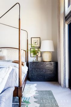 Canopy bed with exposed and dark chest as nightstand. Large lamps and artwork styled next to bed. Home Decor Bedroom, Luxe Bedroom, Interior Design, Beautiful Interiors, Apartment Decor, Interior, Bedroom Inspirations, Dreamy Bedrooms, Home Decor