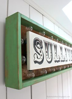 DIY Marquee sign with lights tutorial - Wall decor - Family gift
