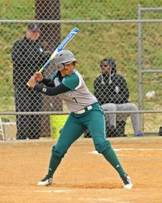 Cassie Siataga playing for Midland College Lady Chap, USA - Photo credit Forrest Allen Midland College, Cassie, Softball, Photo Credit, Usa 2016, Sporty, Baseball Cards, Kiwi, Lady
