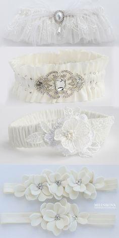 Ivory wedding garter, lace bridal garter, flower garter (design by Melnikova Ekaterina)  #garter #garterset #ivorywedding #bridalgarter #flowersgarter