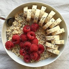 We have just tried some barley @loolyspearls with hot almond milk to make this delicious porridge by @theepicuriouskitchen. Add some bananas chia seeds and raspberries (you may also add some carob nibs for a chocolaty taste) and your #breakfast is ready in less than 5 minutes. #organic #vegan #plantbased #natural #healthy #healthyfood #healthyliving #healthyeating #veganfood #foodshare #veganfoodshare #diet #mua #fitfam #yoga #vegansofinstagram #cleaneating #bestoftheday #picoftheday #nyc…