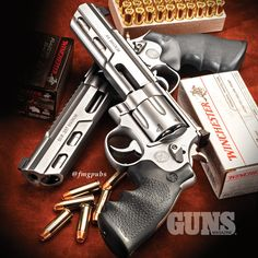 Smith & Wesson Performance Center revolvers: the Model 629 and Model 686