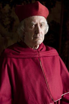 Jonathan Pryce as Cardinal Wolsey. Wolf Hall, 2015 (costume designer Joanna Eatwell)