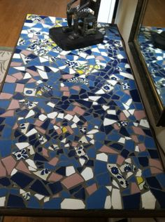 Rusticvermontweddings upcycled mismatched tiles make a great mosaic broken tile mosaic design solutioingenieria Choice Image