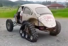 LOL Not sure what the purpose of this is. Weird Cars, Cool Cars, Vw Rat Rod, Combi Wv, Cj Jeep, Apocalypse, Bug Out Vehicle, Quad, Transporter