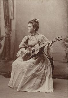 vintage everyday: Music in Victorian Era – Vintage Pictures of Women Playing Musical Instruments in the 1800s