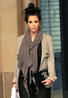 she always get it right when wearing a designer #scarves. what you guys think..