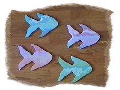 Peinture sur poissons en bois
