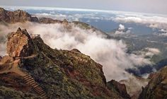 Hiking from Pico do Areeiro till Pico Ruivo, Madeira island