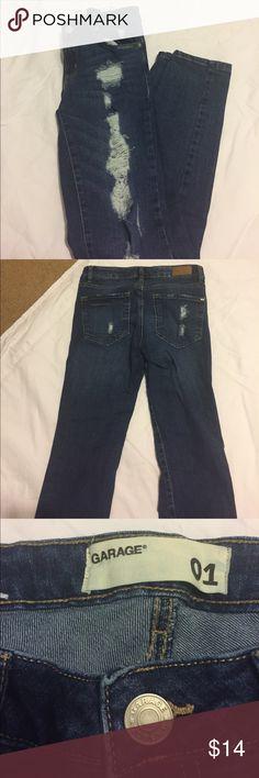 Distressed skinny denim jeans from Garage Distressed skinny  denim jeans from Garage- juniors size 1 Garage Jeans Skinny