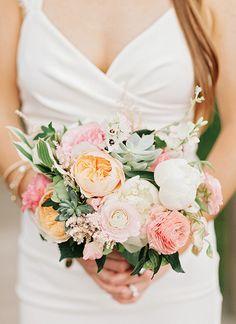 Garden rose, ranunculus, and succulent bouquet | Amy Arrington Photography