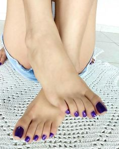 The quiet girl with a secret, exhibitionist nature. Pretty Toe Nails, Pretty Toes, Foot Pics, Foot Pictures, Feet Soles, Women's Feet, Purple Toes, Foot Pedicure, Long Toenails