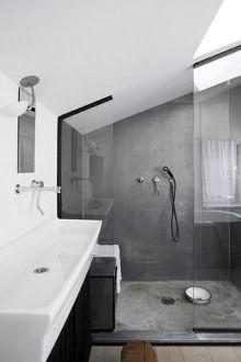 Baño en tonos grises