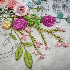 #embroiderydesign #stitch #flower #handembroidery #프랑스자수배우기 #도안작업 #꽃자수