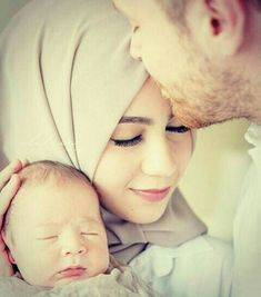 and baby muslim May Allah save us all from evil eye ! Cute Muslim Couples, Romantic Couples, Cute Couples, Couple With Baby, Best Couple, Cute Family, Family Goals, Couple Goals, Mom Dad Baby