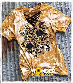 New Style Sunflower shirt - New Style Sunflower Shirt – WonderHippie Official Source by - Bleach T Shirts, Vinyl Shirts, Bleach Pen, Sunflower Shirt, Sunflower Clothing, Distressed Tee, Dye Shirt, Diy Sweatshirt, Country Outfits