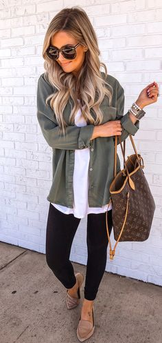 Preppy Spring Outfits You Will Love - Hair Style Women Cute Fall Outfits, Casual Outfits, Summer Outfits, Winter Outfits, Winter Clothes, Simple Outfits, Casual Leggings Outfit, Spring Outfits Women Casual, Gray Outfits