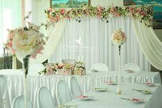 Оформление свадебного зала, небольшой подарок молодоженам 2014